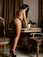 Photo escort girl Vannesa the best escort service